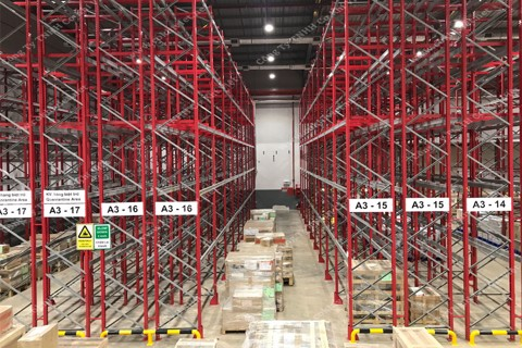 Racking System For Logistic Warehouse
