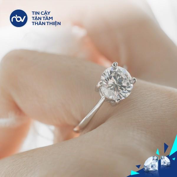 cam kim cuong pnj 2 79d4ef52d72e42829bc8c36201a5209e grande - Cầm kim cương ngay tại cửa hàng trang sức với đối tác uy tín của PNJ