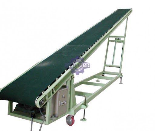 Băng tải di động được trang bị trong các nhà xưởng với số lượng lớn