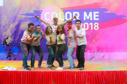 Bizs+ Teambuilding: Color Me 2018