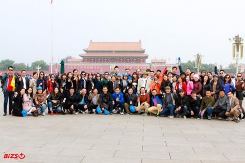 Bizs+ organizes China travel as a thank you for customers' companionship