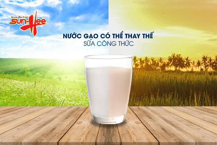 nuoc gao co the thay the cho sua cong thuc