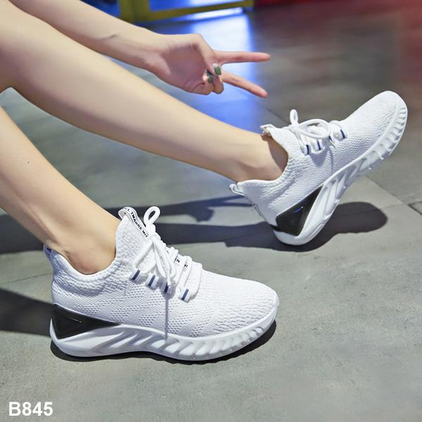 chọn mua giày thể thao đẹp 7