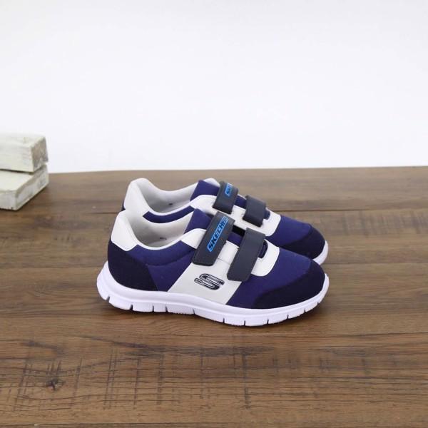 chọn mua giày thể thao cho trẻ em