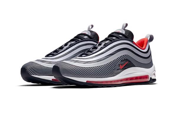 Những mẫu giày thể thao yêu thích nhất 12