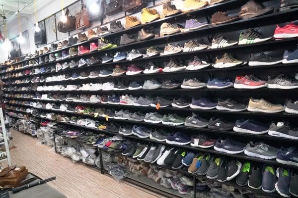Shop giày xuất khẩu lớn nhất Hà Nội