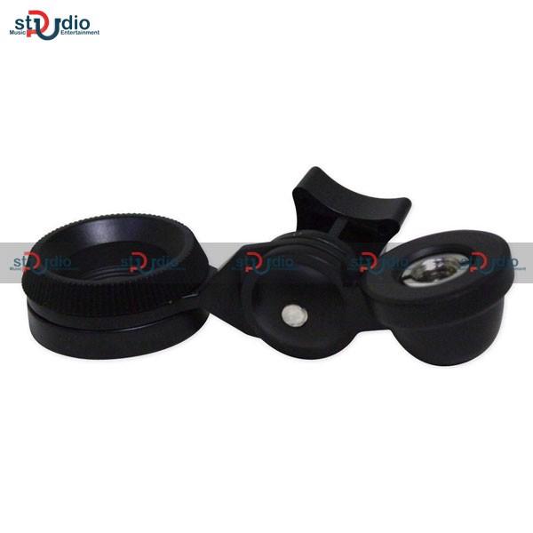 2.Thiết kế bên ngoài của Microphone condenser Takstar AT2020 chuyên nghiệp: Micro AT2020 vẫn giữ được kiểu thiết kế truyền thống  đơn giản của các dòng micro thu âm hiện tại trên thị trường với thiết kế micro thân tròn, đen bóng bẩy và thân micro được sử dụng chất liệu kim loại hoàn toàn. Micro có phần màng micro chiếm trên 50% thân micro tạo cảm giác về độ thu âm thanh lớn.