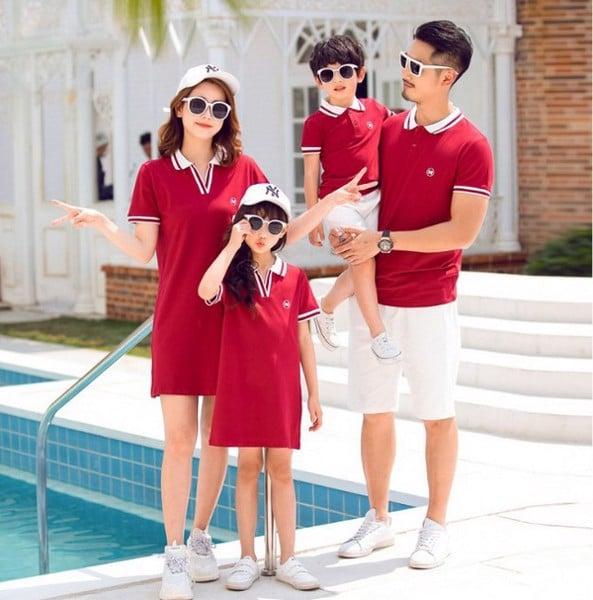 Bí quyết giúp mẹ chọn mẫu áo gia đình đẹp
