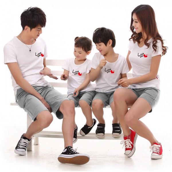 4 Lưu ý quan trọng khi mẹ chọn áo phông gia đình