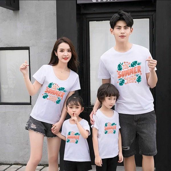 Mãn nhãn với các mẫu áo gia đình đi biển đẹp nhất