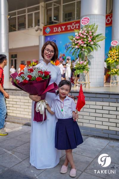 Đồng phục trường tiểu học yên hòa