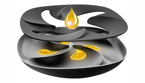 Chất béo chiết xuất từ thực phẩm được gom vào mâm nhiệt