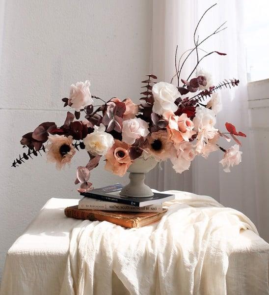 Chọn hoa khô để bàn phòng khách theo phong thủy