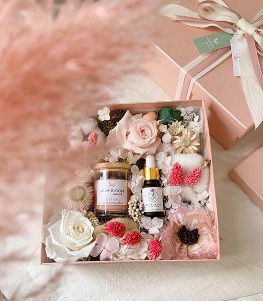 Hoa quà tặng độc đáo - Món quà được lòng phái đẹp