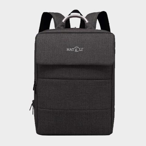 Natoli cũng là một thương hiệu với nhiều sản phẩm thời trang
