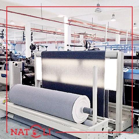 Các sợi bông thô tiếp tục được kéo sợi thô để tăng kích thước, tăng độ bền và được đánh thành từng ống.