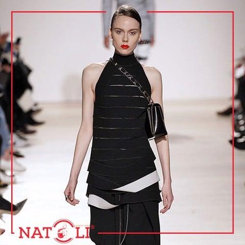 Trang phục là yếu tố thời trang quan trọng, rất được nhiều người quan tâm và chú ý