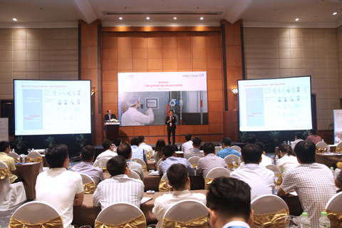 FORUM FOR THE FOOD & BEVERAGE INDUSTRY