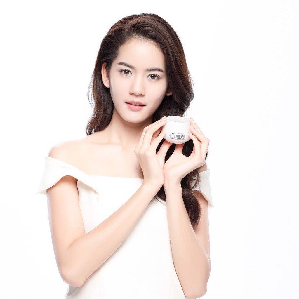 Kem duong trắng da mặt sữa lừa Beauty Idol