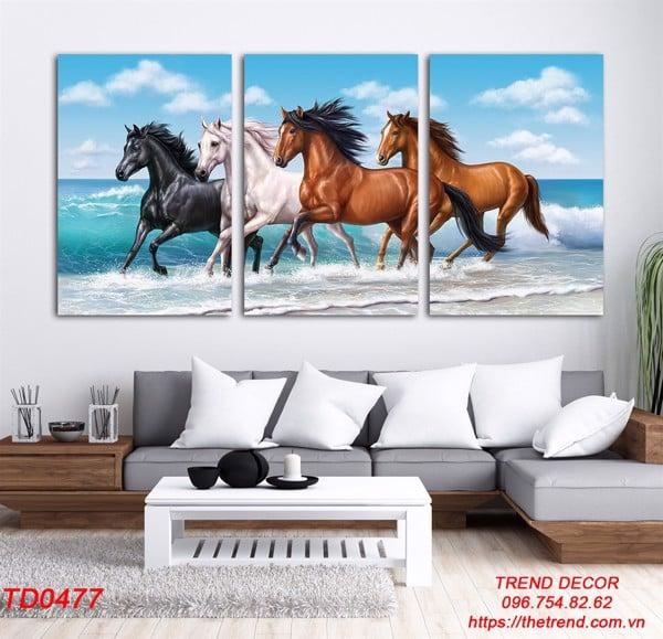 tranh ngựa cho người tuổi mão