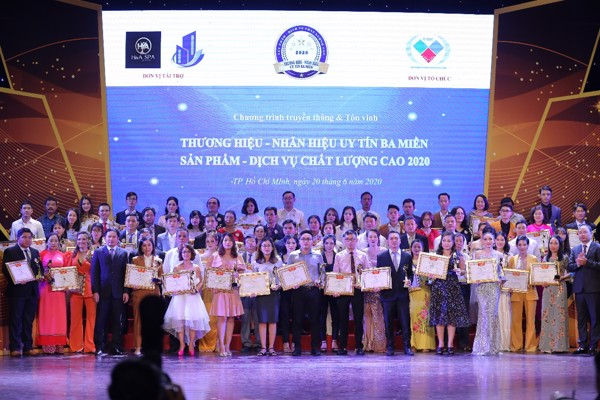 Các doanh nghiệp vinh dự nhận giải thưởng