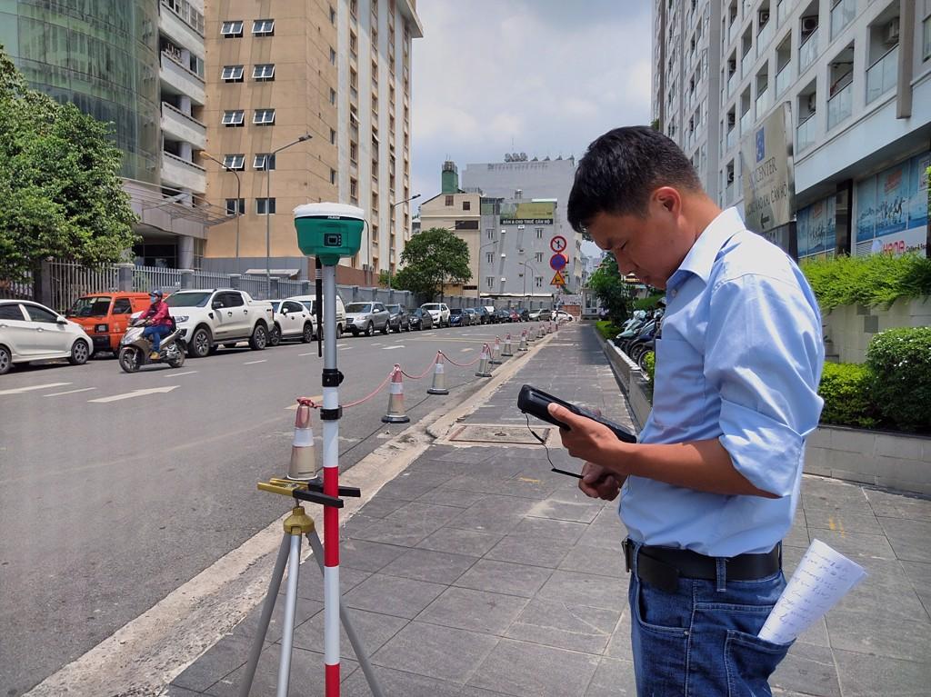 Máy GPS RTK Ruide R6