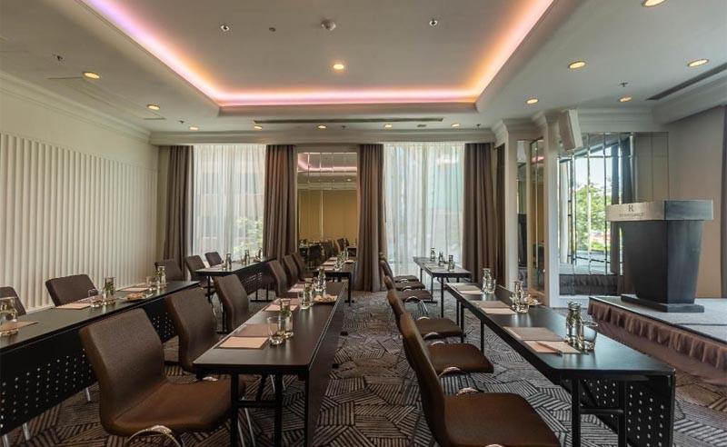 Phòng hội nghị - Renaissance Riverside Hotel Saigon