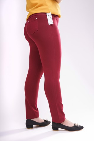 Should The Obese Women Wear The Legging Pants