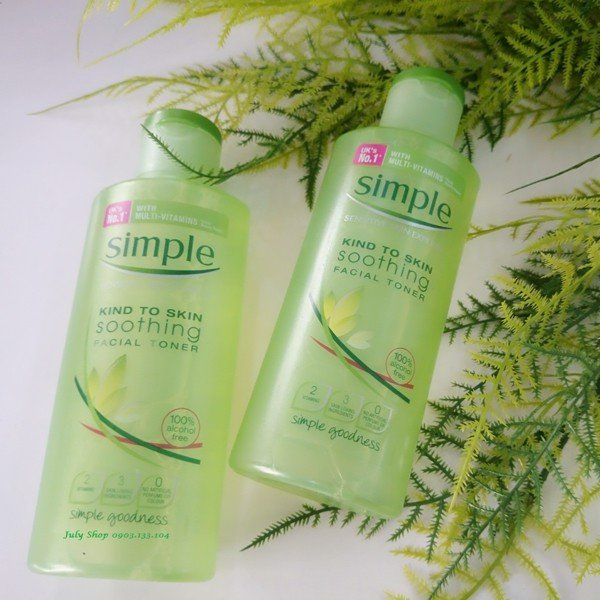 Review Simple Kind To Skin Soothing Facial Toner