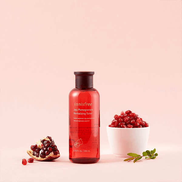 Innisfree-Jeju-Pomegranate-Revitalizing-Toner-5