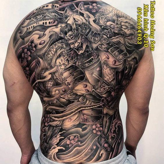 Hình xăm kín lưng Châu Á 46