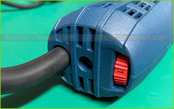 Nút điều chỉnh tốc độ trên GWS 7-100 ET