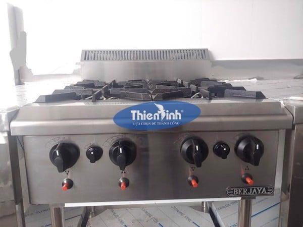 Hệ thống điều khiển của bếp âu 4 họng