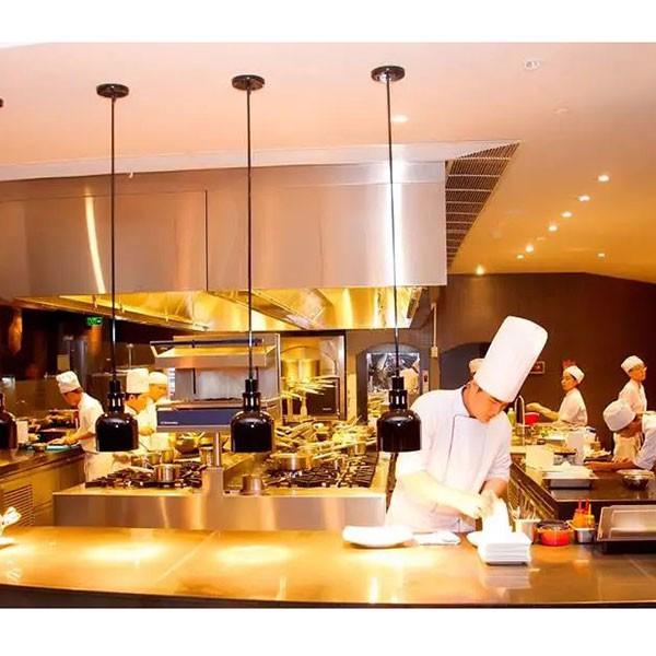 bếp âu mang đến nhiều tiện ích cho nhà hàng