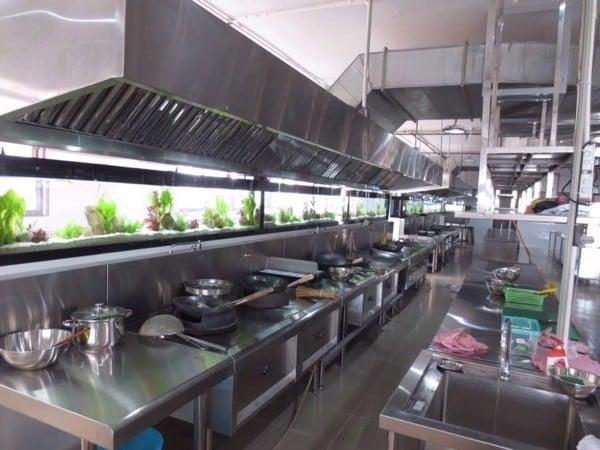 Mẫu thiết kế bếp 1 chiều trong bếp quán ăn quán nhậu