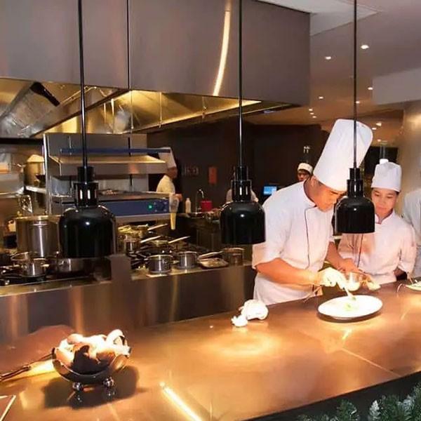 bếp được sử dụng phổ biến trong nhà hàng khách sạn