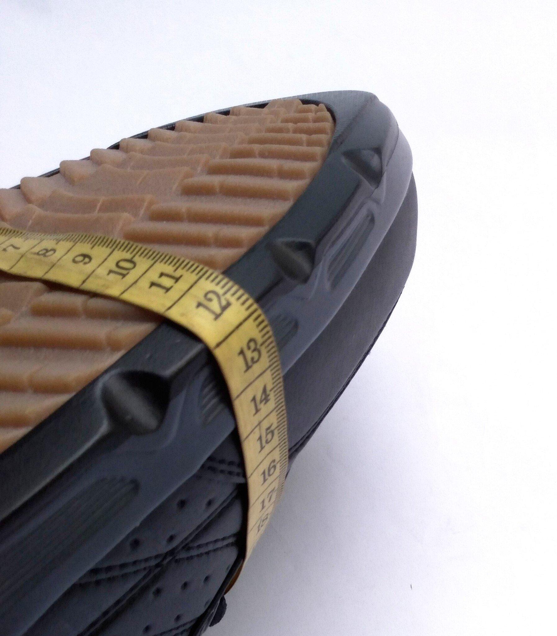 giày sneaker đen trơn size lớn 45 46 47 48