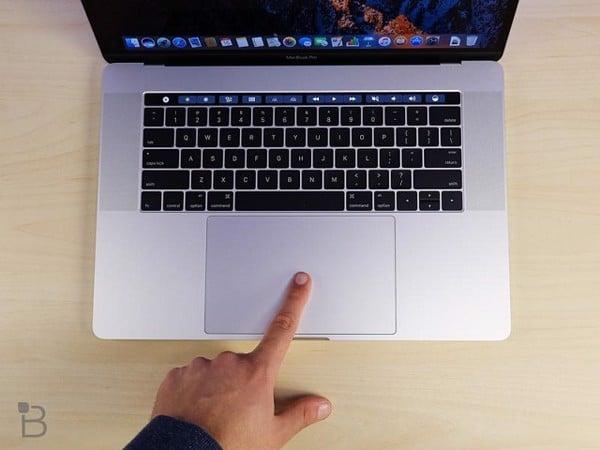MacBook sạc không vào pin