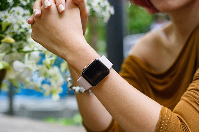 Apple Watch Series 3 màu hồng 38mm