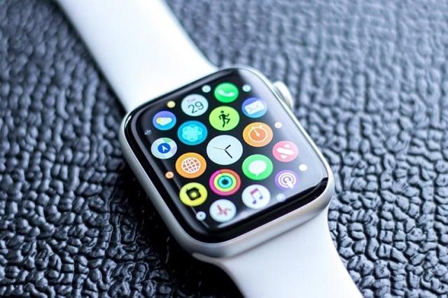 """Apple Watch Series 4 sở hữu màn hình lớn hơn, """"sáng hơn"""""""