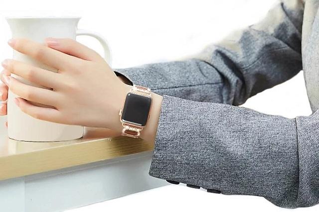 Chỉ cần thay dây chiếc đồng hồ Apple Watch Series 5 của bạn sẽ trở nên tuyệt đẹp