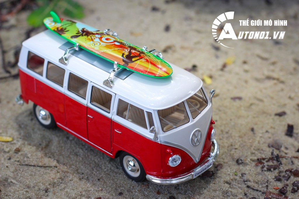 MÔ HÌNH XE VOLKSWAGEN T1 BUS WITH SURF BOARD 1:24 WELLY 7029
