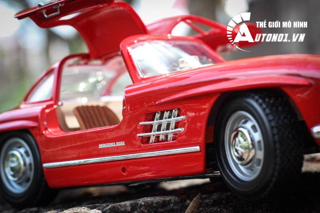 MÔ HÌNH MERCEDES BENZ 300 SL 1954 COLLEGIONE RED 1:18 3662