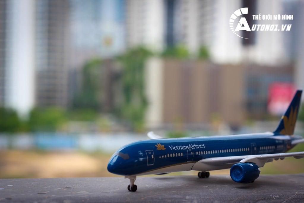 MÔ HÌNH MÁY BAY VIETNAM AIRLINES BOEING 787-9 18CM EVERFLY 6270