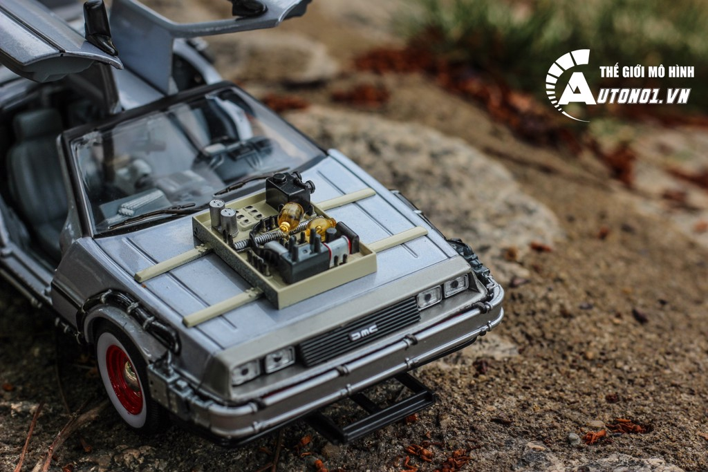 MÔ HÌNH XE DMC BACK TO THE FUTURE III 1:24 WELLY 2519