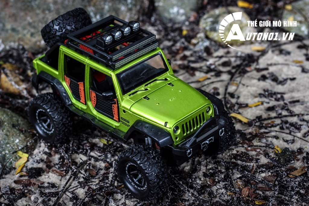 MÔ HÌNH XE OFF-ROAD KINGS 2015 JEEP WRANGLER UNLIMITED GREEN 1:24 DIECAST
