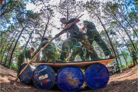 Team building quân đội