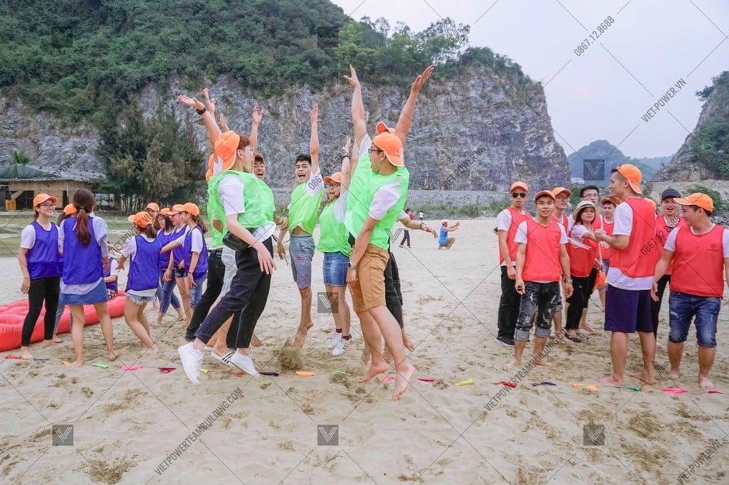 Teambuilding bãi biển