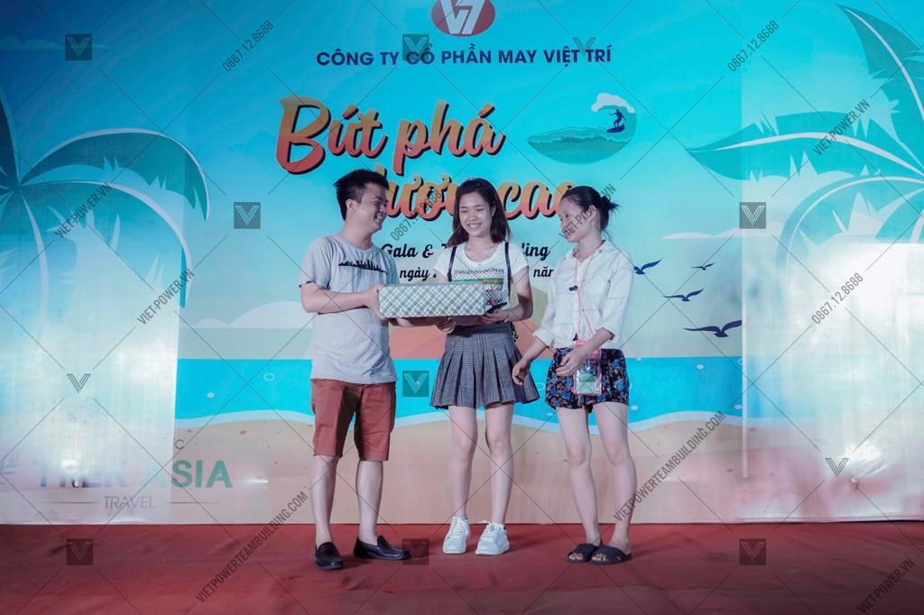 Chương trình Teambuilding bãi biển cho Công ty May Việt Trí