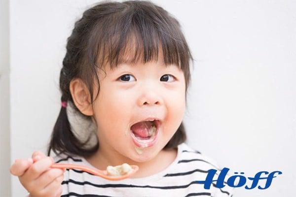 trẻ em nên ăn sữa chua vào lúc nào tốt nhất cho sức khỏe?